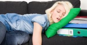 Неочакваните умствени и физически ползи от това да сте мързеливи
