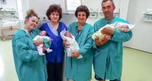 """Русенската неонатология със сертификат по повод Световния ден на """"утробата извън тялото"""""""