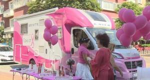 Розовият кемпер на фондацията на Нана Гладуиш идва в Русе