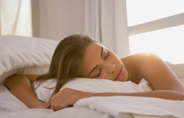 Лишаването от сън причинява раздразнителност и става все по-разпространено.