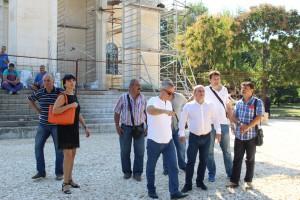 Кметът инспектира строителството на храма