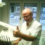 Д-р Христов: Моят метод е шанс хората да махнат подвижните зъбни ченета