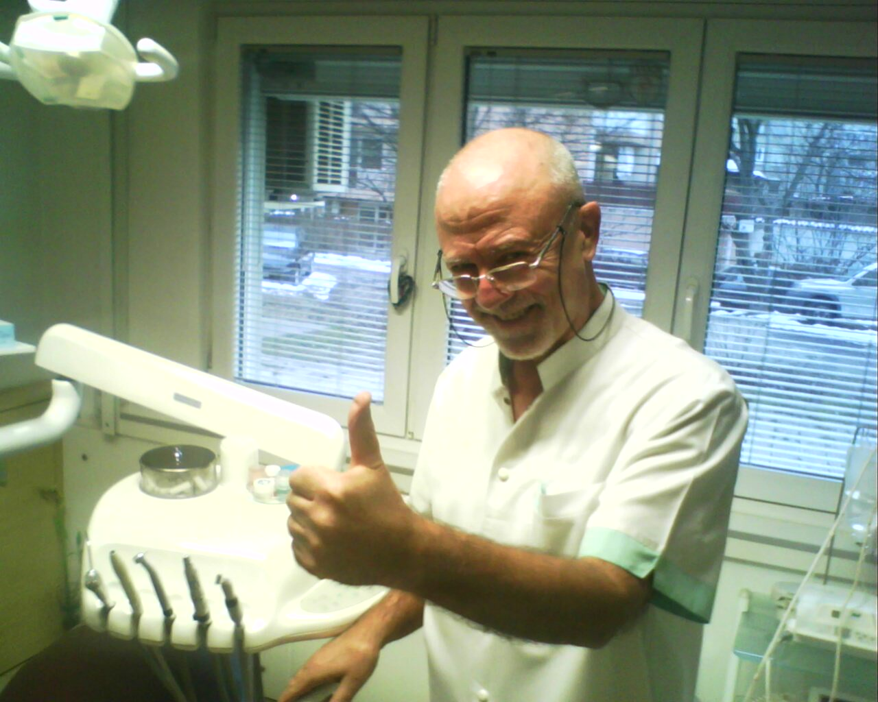 Photo of Д-р Христов: Моят метод е шанс хората да махнат подвижните зъбни ченета