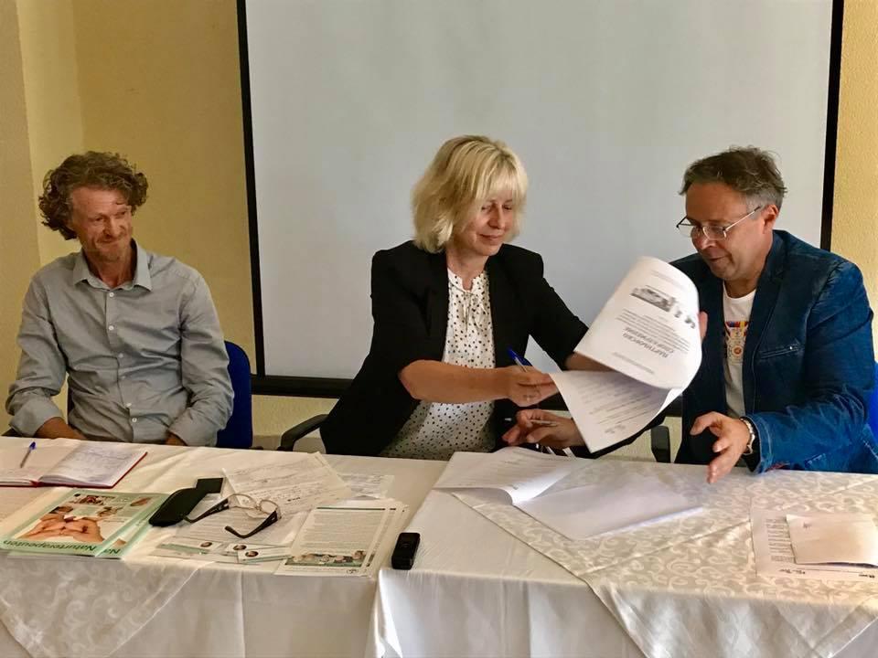 """Photo of """"Медика-Албена"""" подписа двустранен договор с Норвежката асоциация по натурална медицина"""