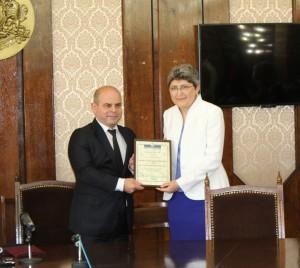 Проф. Ценкова и кметът на Русе Пламен Стоилов