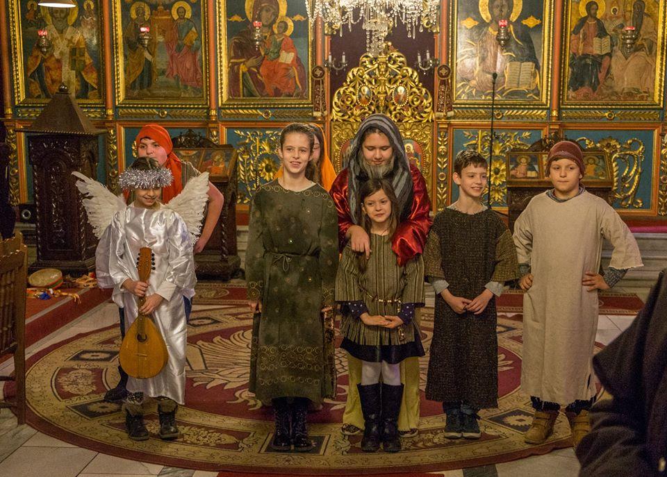 """Photo of Малки актьори разиграха Притча за Прошката в храм """"Света Троица"""""""