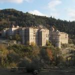 Русенски художник обновява българския манастир в Атон