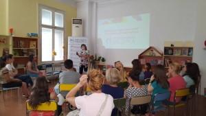 Специалистът педиатър д-р Галя Андреева запозна родителите с методите и основните принципи на закаляването.