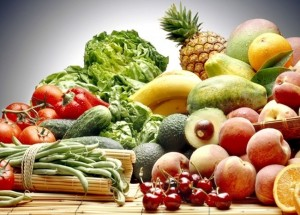 Здравословното хранене е балансираното хранене, по отношение приема на храни от различните групи хранителни продукти.