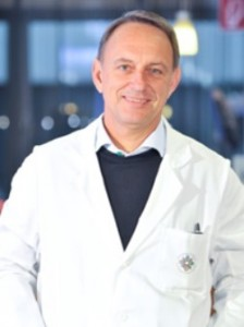 Др. Вернер Андерл от австрийската клиника Wiener Privatklinik предлага на своите пациенти най-иновативните лечения при проблеми с менискуса или колянните връзки.