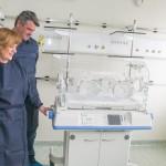 Жителите на Челопеч дариха кувьоз за новородени на Майчин дом
