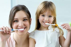 Миенето на зъбите трябва да се случва поне 2 пъти дневно - сутрин и вечер след хранене, поне по 3 минути. Препоръчително е вечер след измиване да не се консумира нищо освен вода.