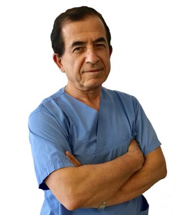 Проф. Юджел Караман е роден в Турция, където завършва висше медицинско образование през 1978 г.